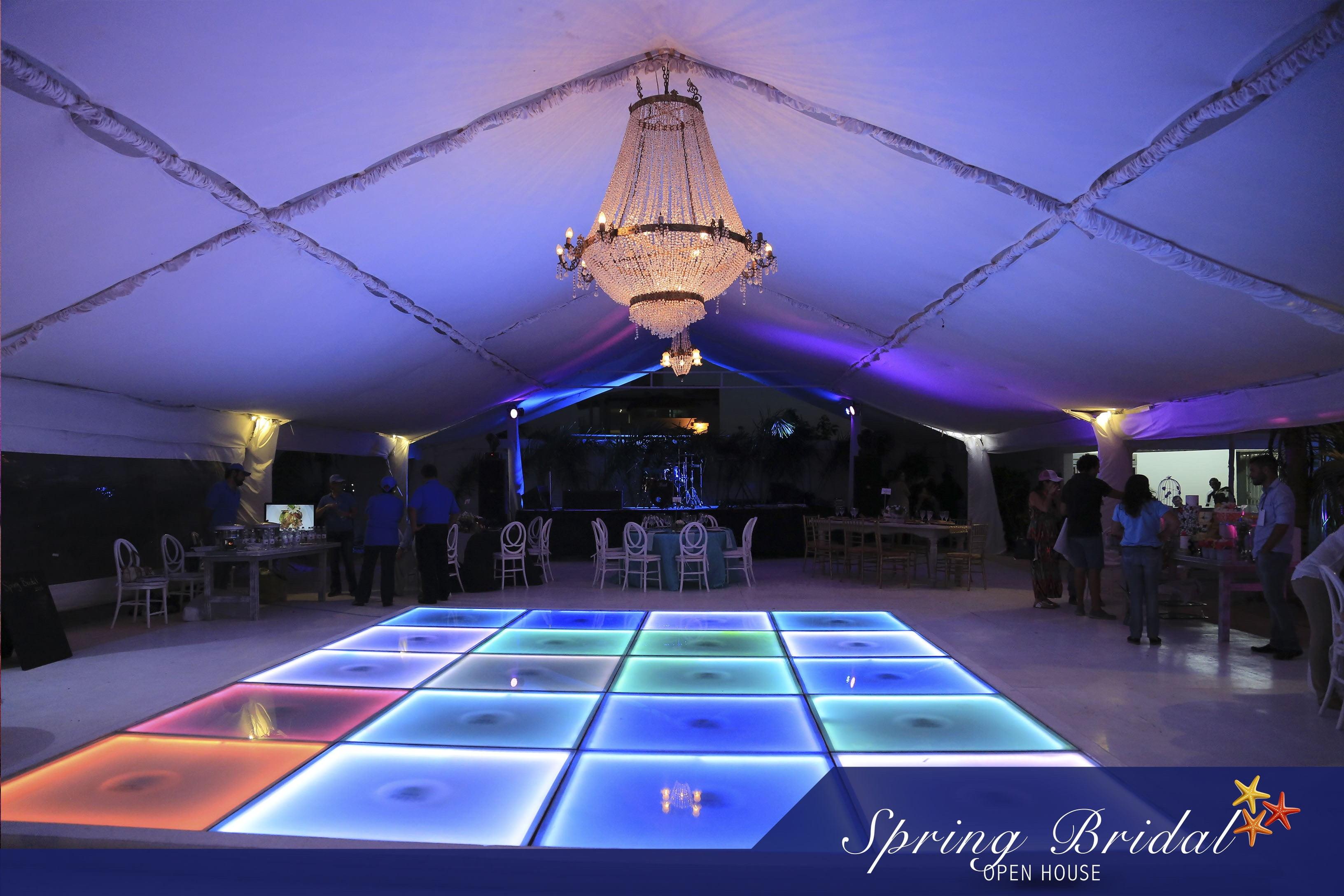 La pista de baile en Spring-Bridal-2015
