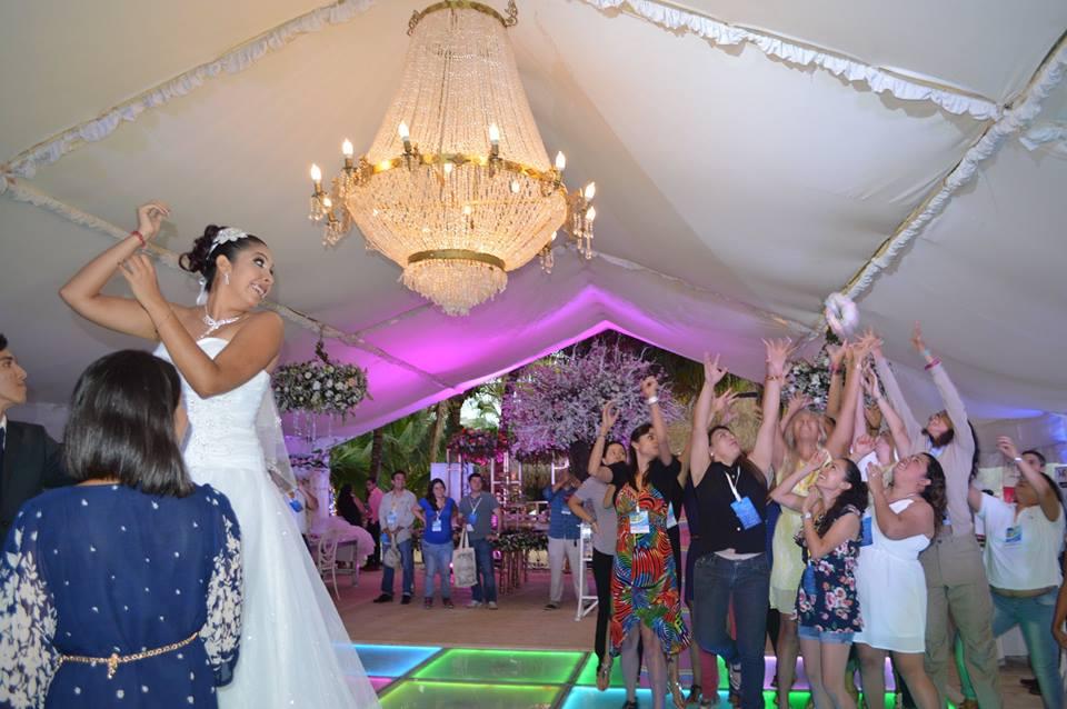 Spring-bridal-open-house-2016-lanzamiento de ramo